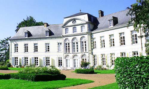 Bois-Seigneur-Isaac Castle